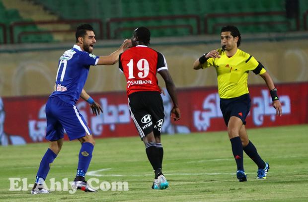 شاهد ملخص لمسات عمرو السولية في الظهور الأول بقميص الأهلي