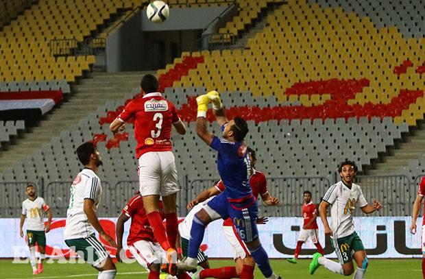 الأهلي يتخطي البداية المتوترة وينهي الشوط الأول بشكل ايجابي في تعادل امام المصري