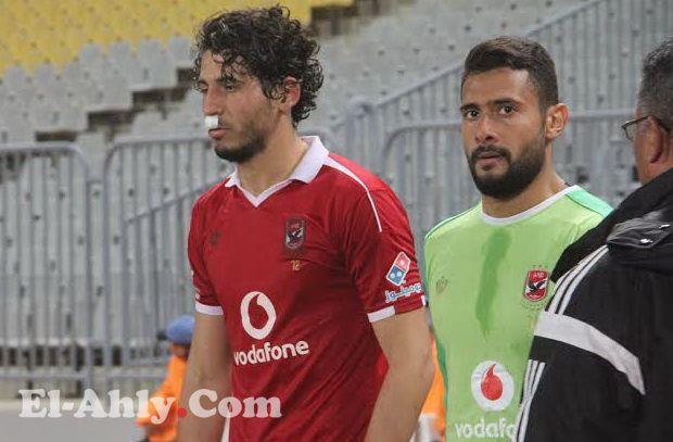 """حجازي ينشر صورة دموية لاصابته في مباراة بتروجيت من """"كوع"""" جعفر"""