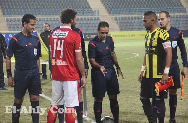 سمير عثمان يحكم مباراة الأهلي ومصر المقاصة