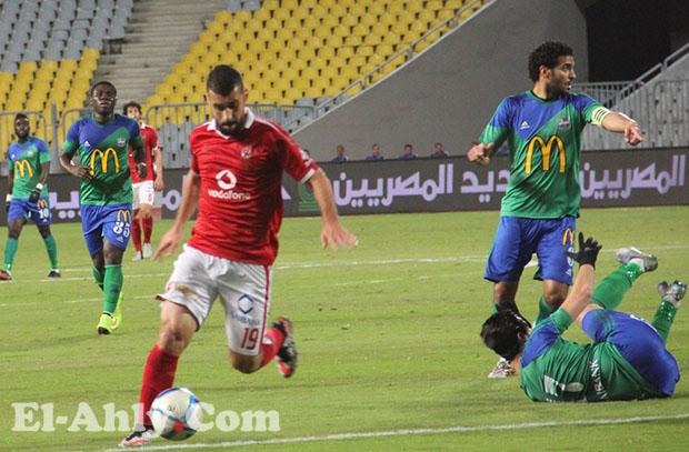 عبد الله السعيد يواصل مسلسل إهدار لاعبي الأهلي للفرص أمام المقاصة