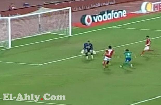 """عمرو جمال """"البديل"""" يسجل هدف الأهلي الثاني في مرمى المقاصة"""