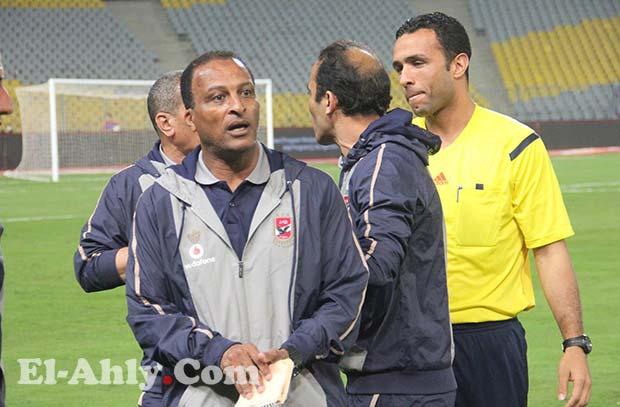 عبد الحفيظ بعد فارق الـ11 نقطة: ننظر لمباريات الأهلي فقط ولا مانع من تقبل الهدايا