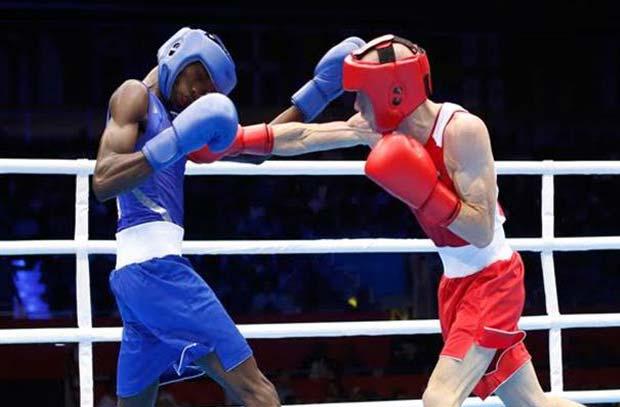 ملاكمة - محمود عبدالعال يخسر أمام بطل الجزائر ويودع البطولة من دور الـ32