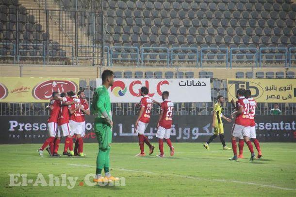في مباراة حمراء نتيجةً وبطاقات .. الأهلي يهزم المقاولون بهدفي نجيب والسعيد