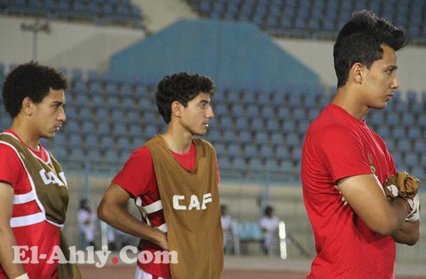 هل ألقى عمرو جمال بقميص الأهلي غاضباً ؟ .. اللاعب يرد