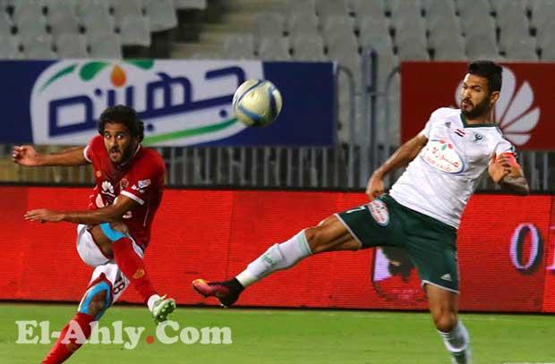 شاهد مروان يهدر ثاني أهدافه مع الأهلي بعد مراوغة جيدة