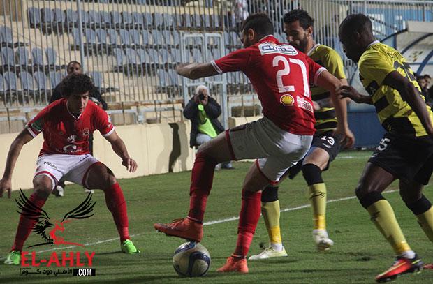 في شوط أول سلبي أداءً ونتيجة .. الأهلي 0 - 0 دجلة