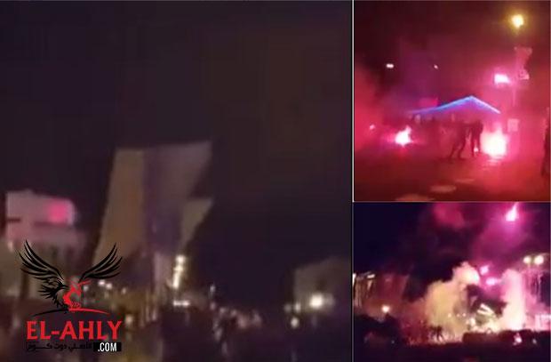خارج ملعب أولمبيك .. شاهد شغب جماهير ليون وروما بالشماريخ في شوارع فرنسا