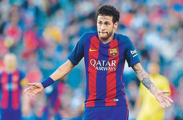 نيمار يوجه رسالة لادارة برشلونة بعد تأخر إعلان تجديد ميسي