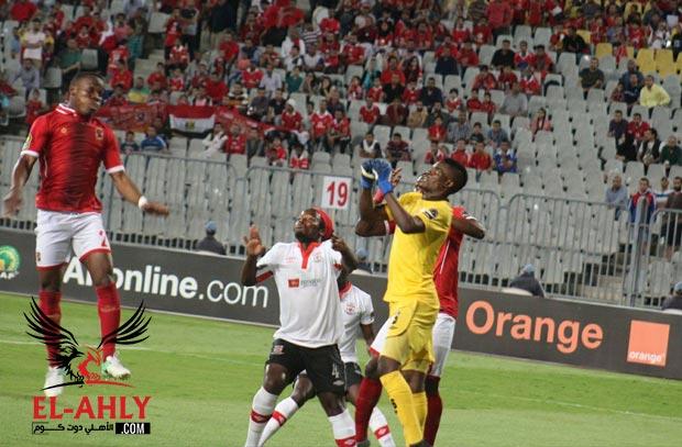 كوليبالي يهدر أول فرص الأهلي أمام زاناكو